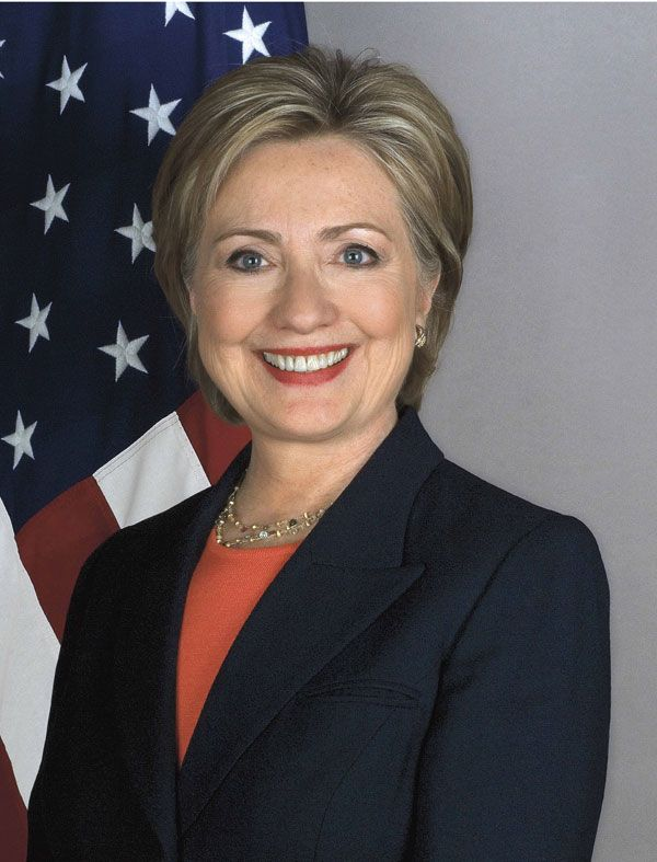 Clinton-Offiial-Portraita20_600_1